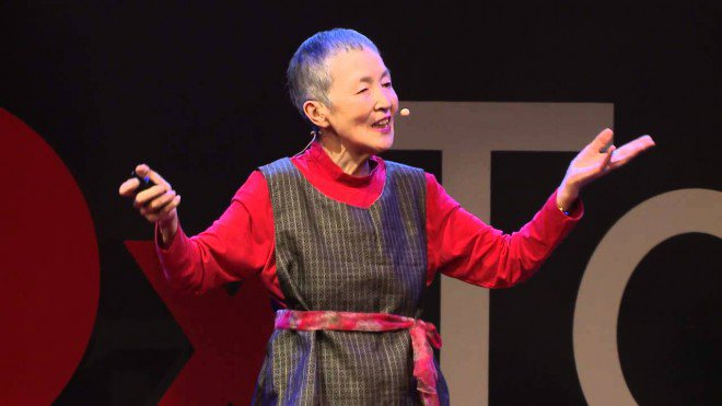 Non è mai troppo tardi: la storia di Masako, che ha creato un'app a 81 anni
